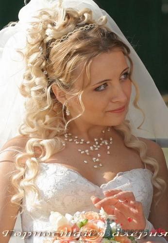 каталог свадебных причесок с фатой · Свадебные прически